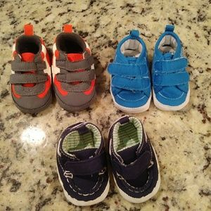 Carter's Newborn shoes